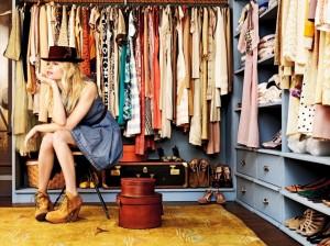 top_10_wardrobe_essentials_for_women-1024x768